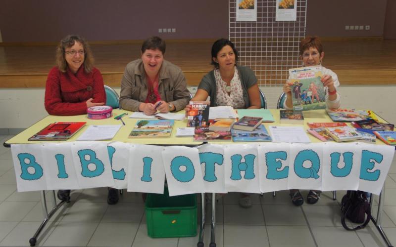 Les bénévoles de la bibliothèque vous accueillent toute l'année